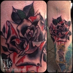 knee ditch Black Rose